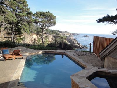 Bluff top swimming pool and spa. 80 feet above the cove.