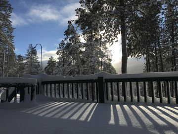 WINTER WONDERLAND! Fun in the snow. Spacious + Secluded Cabin Upper Blanco Basin