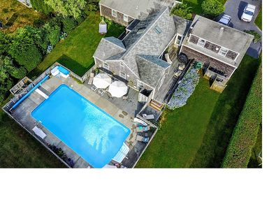 Aerial View of 115 Somerset Road