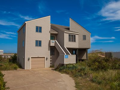 Photo for Uniquely decorated 4 bedroom, dog-friendly oceanfront home