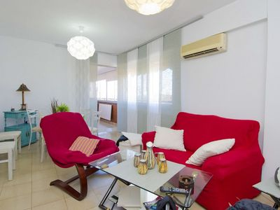 Photo for 3 bedroom Apartment, sleeps 6 with Air Con, FREE WiFi and Walk to Shops