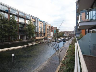 Photo for Modern 2BR Flat in Hackney by the Canal - Two Bedroom Apartment, Sleeps 4