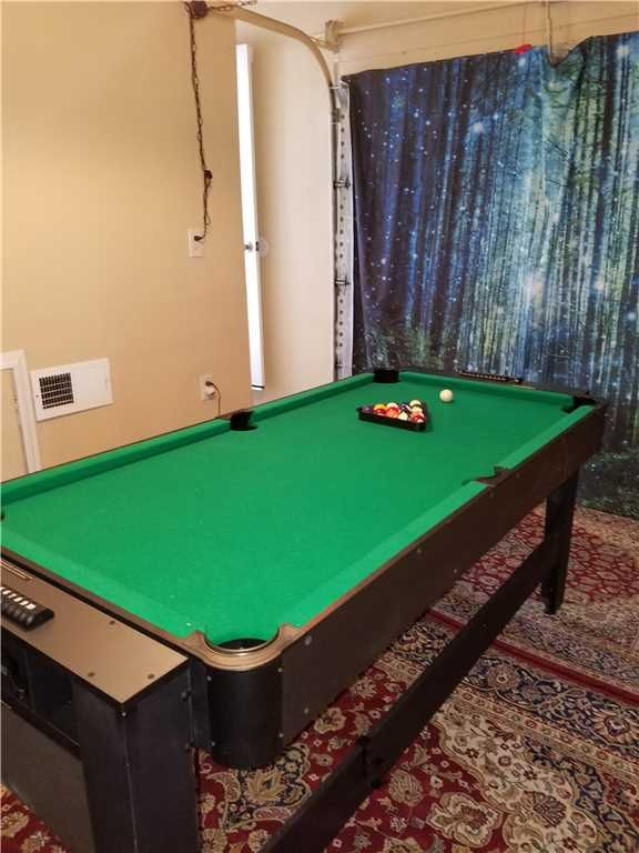 Get Ready To Bond With The Family Over A Game Of Pool! This Game Table