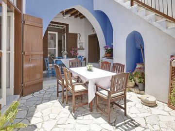 Search 95 holiday lettings