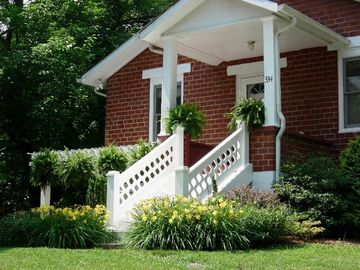 Visit Historic Abingdon and Stay on the Virginia Creeper Trail