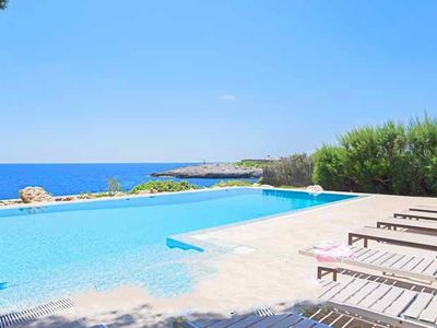 Photo for 6BR Villa Vacation Rental in Cala D'or