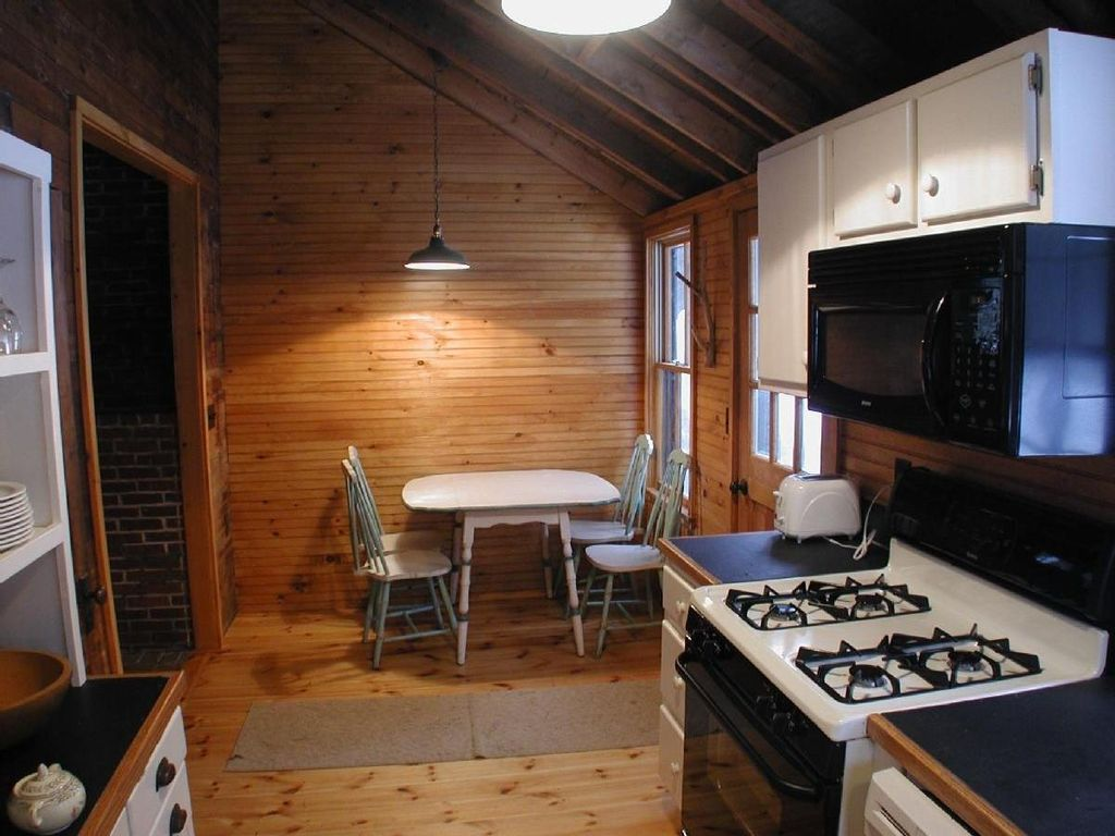 Sunset Lodge A Maine Lakefront Cottage W Vrbo