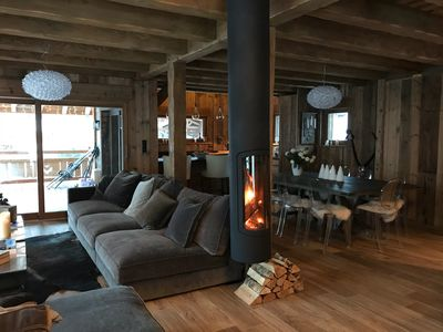Photo for Chalet Rose des Neiges 200m2, SAUNA, 10/12 pers, is an exceptional location.