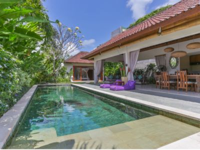 Photo for Luxury 3BDR villa - Walking Distance to the Beach