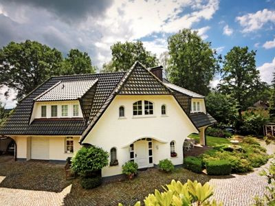 Photo for Exclusive villa on the outskirts of Hamburg