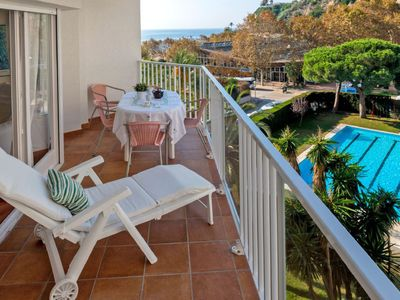Photo for Apartment Edificio Blanqueries in Calella - 4 persons, 2 bedrooms