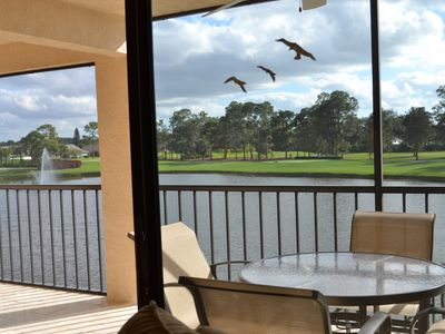 Photo for Beautiful Naples Condo Overlooking Golf Course Lake!