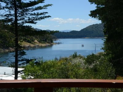 Photo for Taylor Bay House - Relax lakeside with views of Lake Eildon