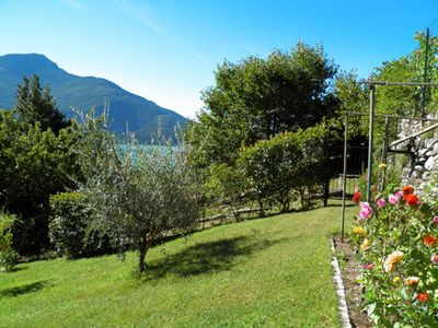 Photo for Holiday house Casa Paradiso in Domaso with beautiful view of Lake Como