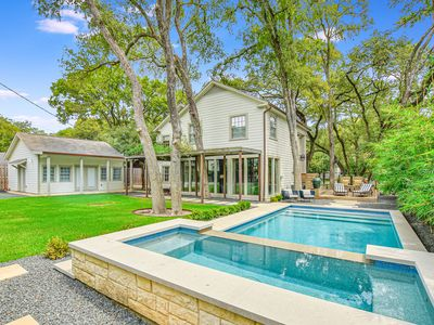 Photo for ARRIVE ATX LANDMARK | Up to 9Bds | Perfect for UT Games | Pool/Spa | Historic