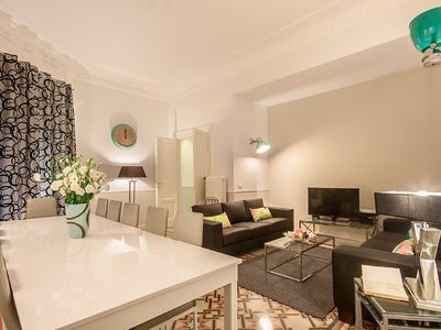 Photo for Vatican Prestigious 5 bedroom apartment in the quiet Prati district