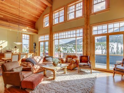 Photo for Gorgeous ski-in/ski-out penthouse w/ private hot tub, gas fireplace