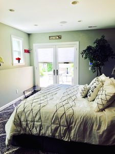 King Bed and Entry Way