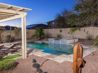 *SANITIZED* Enchanted Luxury 3 BR Home/ PVT Pool/ Spa/ Entertainers Dream/ Surprise