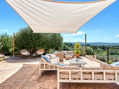 Photo for Very spacious multi-family villa with pool with spectacular views near Palma