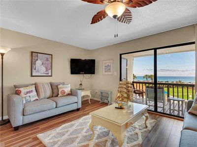 Dog Friendly, View of the Gulf, Free Beach Service, Walk to the Beach and Live Music