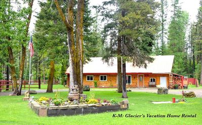 Photo for 10 MINUTES FROM GLACIER NATIONAL PARK!!   K-M: Glacier's Vacation Log Home