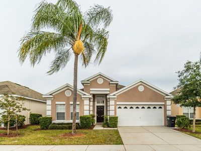 Photo for Windsor Palms - 4 BR / 3 BA Pool Home - Sleeps 8 - Gold - RWP456