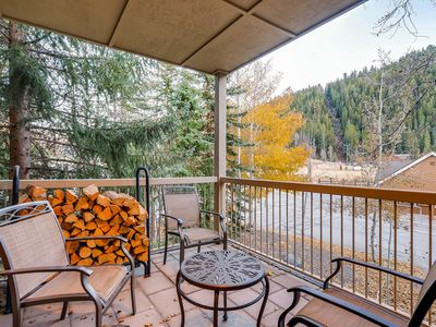 Photo for 3Br Condo Chateaux Dumont 2724 ~Kids Ski Free! Walk to Lift