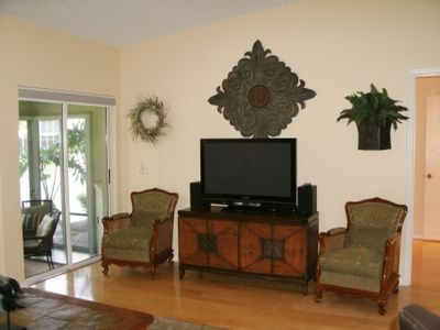 Photo for Charming Key West Style Condo - Walk to #1 Siesta Beach