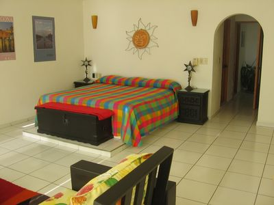 Master Bedroom (King-Size Bed) With Sitting Area (A/C)