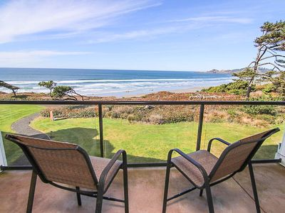 Photo for Luxury Oceanfront Condo with Two Master Suites Near Newport's Nye Beach