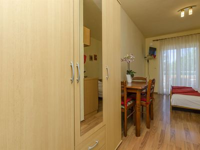 Photo for Apartments Stipe (20271-A2) - Brodarica