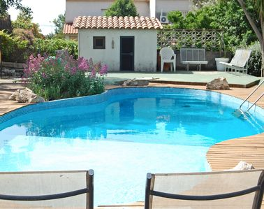 Photo for House with private pool and large garden in Cubelles