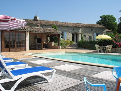 Photo for Charming Bastide, 11 pers, private pool, absolute tranquility