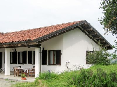 Photo for Vacation home Villa Bricchetto (AST103) in Asti - 6 persons, 3 bedrooms