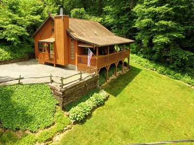 Photo for PVT, HOT TUB,  WIFI, ~A/C~,  LG DECK , WALK TO THE FIRE PIT, CREEK, SINGLE LEVEL