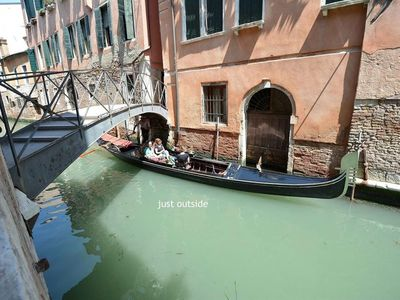 Photo for Apartment in the center of Venice with Air conditioning, Washing machine (361325)