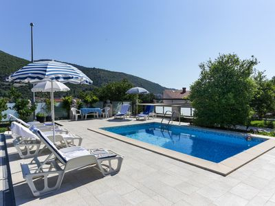 Photo for Apartment in Dubrovnik with swimming pool and sea view   (A5)
