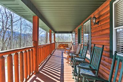 Kick back and relax with stunning mountain views from the deck.