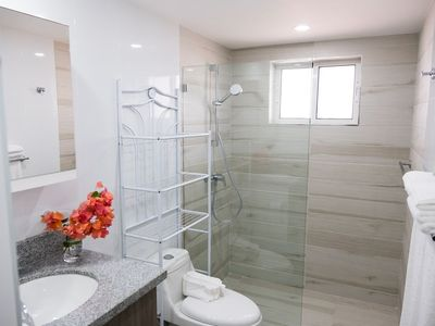 Photo for ALL NEW! High-End 2 Bed, 2 Bath, 2 smart TVs Condo, Water Purification System