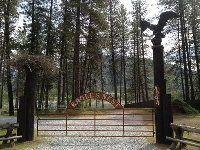 Photo for Columbia Riverside Lodge, Private Dock Access, Outdoor Mountain Paradise
