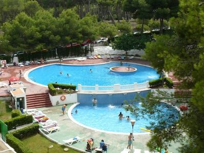 Photo for Nice apartment with 2 bedrooms, air conditioning and pool in Salou.