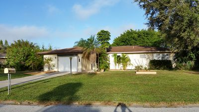 Photo for 2BR Bungalow Vacation Rental in Rotonda West, Florida