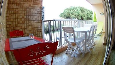 Photo for -20%. POOL AND TENNIS. Large 2 Room Cabin. 200M from the beach. LAVANDOU.