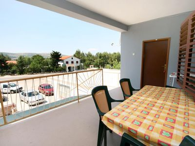 Photo for Four bedroom apartment with terrace Seline (Paklenica)