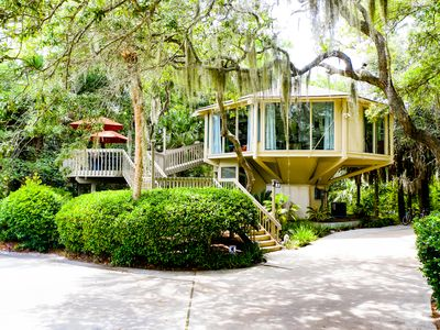 Photo for FUN FUN - Time to Get- A-Way to the Beach - A Tree House for the Young at Heart