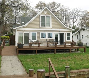 Photo for Waterfront with Dock - Perfect for Historic London Town & Gardens Wedding Guests