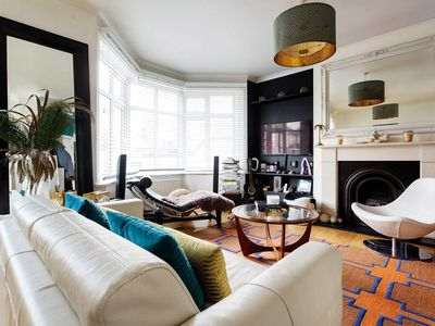 Photo for 30min tube to Oxford circus - Perfect family home with stunning garden (Veeve)