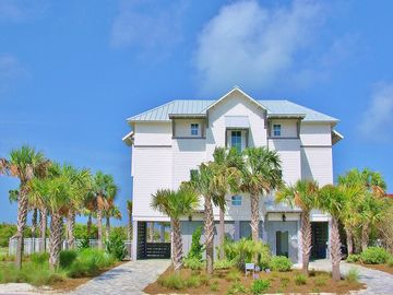 Like Gulf Front, New 2015, Beautiful Luxury Home, Heated Pool, Elevator