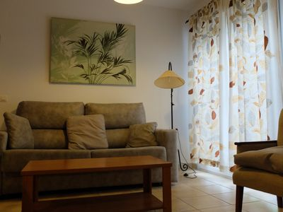 """Photo for Central Holiday Apartment """"Apartamento María Conil Bajo"""" with Air-Conditioning, Terrace &  Wi-Fi; Parking Available in the Street"""